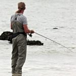 So kannst du an der Nordsee vom Ufer aus angeln